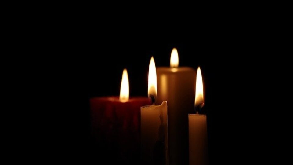 candle-2905395_640