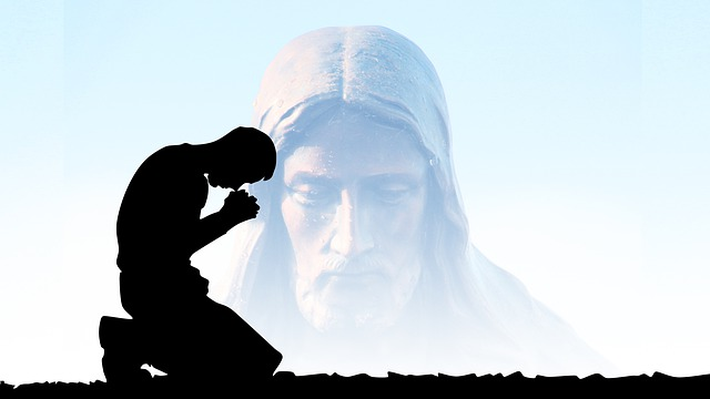 pray-4790759_640