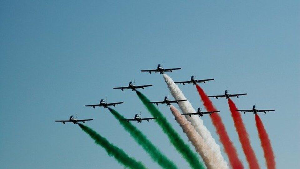 tricolor-arrows-2010752_640