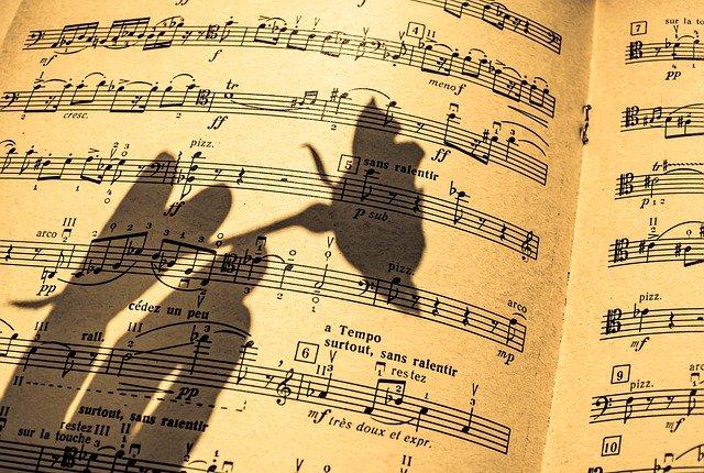 music-sheet-5117328_640